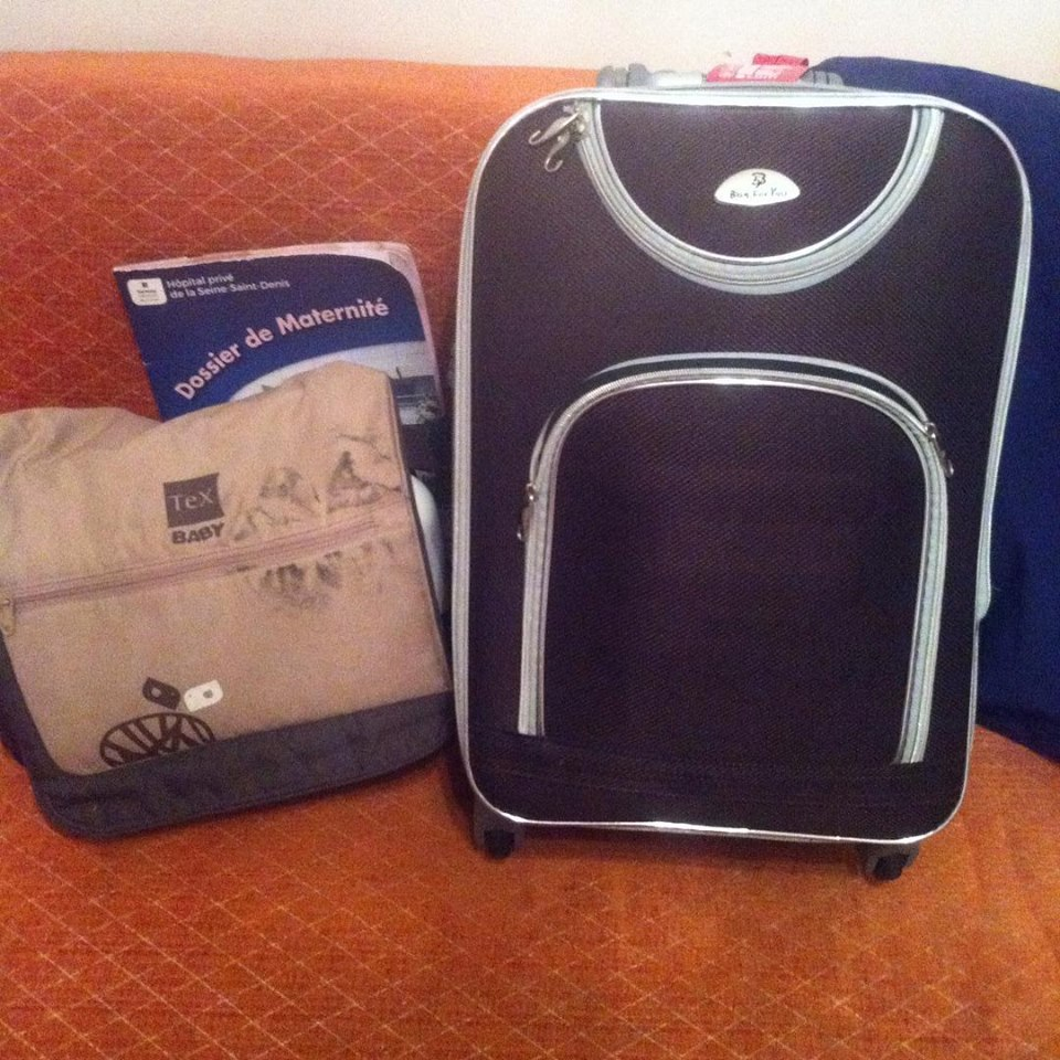 Pregnant and Giving Birth in France : What's in my Hospital Suitcase ? pregnancy adventure
